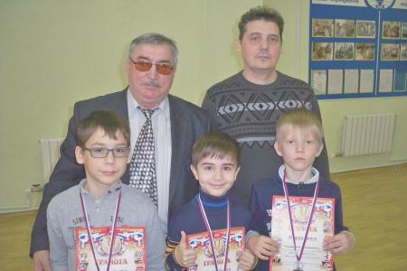http://vchess.ru/images/news/94/th_100_5966.jpg