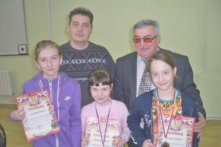 http://vchess.ru/images/news/94/th_100_5969.jpg