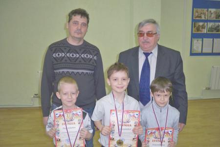 http://vchess.ru/images/news/94/th_100_5975.jpg